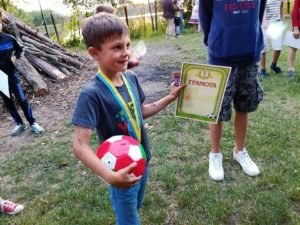Для 300 сиріт з Донбасу католики організували реабілітацію в Карпатах і на Житомирщині