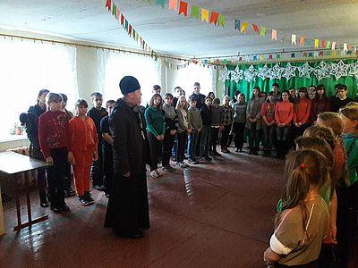 Митрополит і священики УГКЦ і УАПЦ вчергове відвідали мешканців та військових у зоні АТО