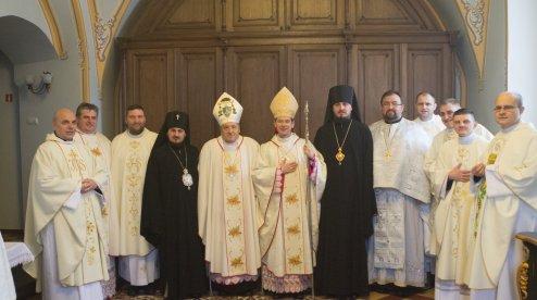 Католицькі і православні єпископи разом святкували Різдво у Житомирі