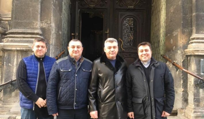 Керівники Державної прикордонної служби відвідали храм і зустрілися з духовенством УГКЦ і УПЦ КП