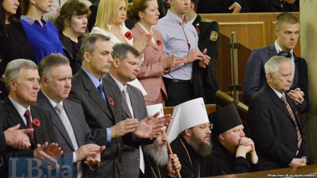 Владу закликають перевірити, чи працюють священики УПЦ (МП) на ФСБ